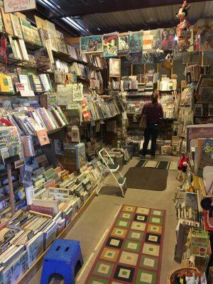 Inside Readers Oasis Books Quartzsite