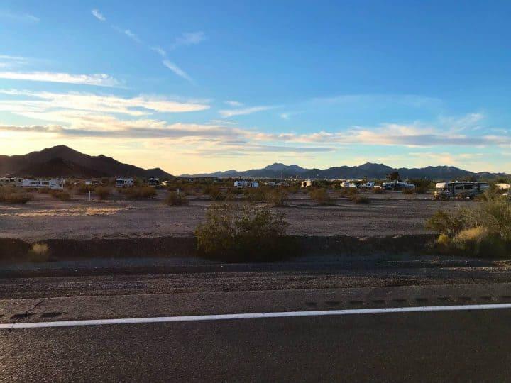 La Posa West by road