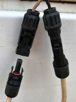 MC4 connector apart
