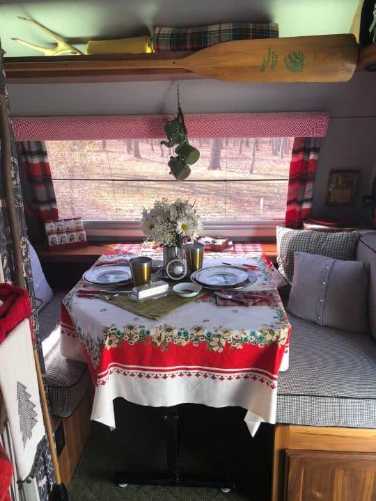 Max small camp trailer dinette