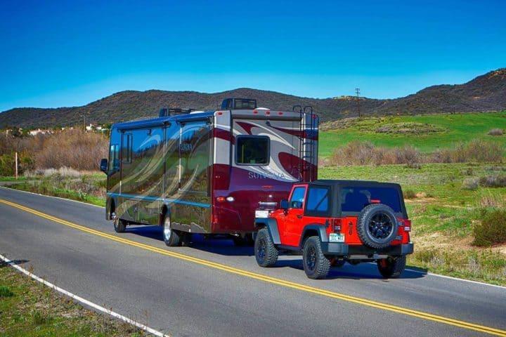 Motorhome Towing Jeep