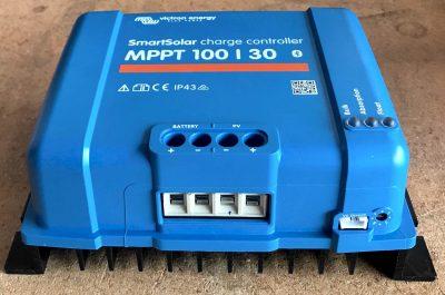 Victron SmartSolar MPPT 100:30 solar controller